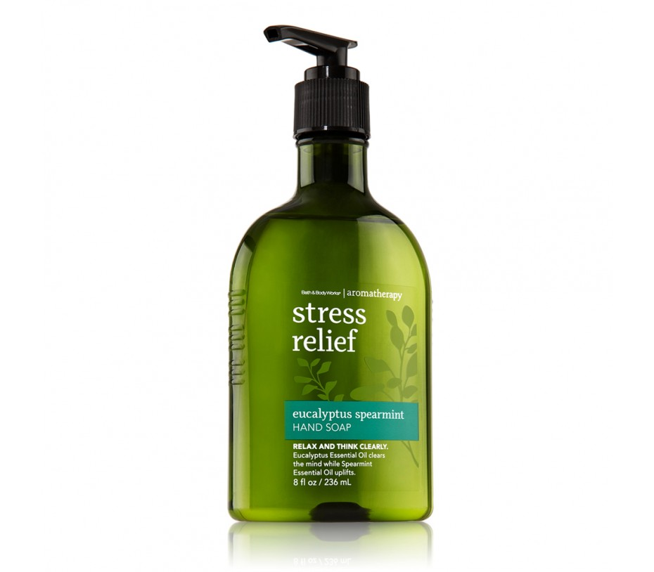 Bath and Body Works Aromatherapy Stress Relief Eucalyptus Spearmint Hand Soap 8fl.oz/236ml